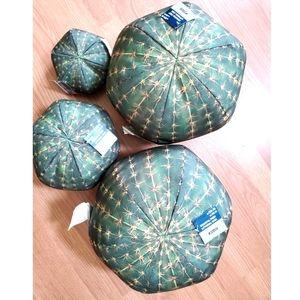 NWT Round Cactus Pillows - Set of 4